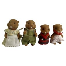 Vintage Calico Critters Epoch Anthropomorphic Maple Town Waters Beaver Family Figurines Taiwan
