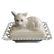 Vintage Westmoreland Glass Co. White Milk Glass Kitten Box With Lid, Blue Eye Cat Trinket Dish With Lacey Border