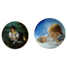 Donald Zolan Miniature Children Plates, Lap of Love 1995 & Brotherly Love 1991, 3-1/4 inches