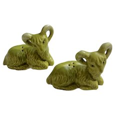 Vintage Green Bighorn Sheep Rams Salt and Pepper Shakers Ceramic S&P Figurines Big Horn Sheep Mid-century Salt Pepper Shakers