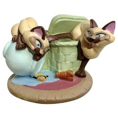 Siamese Cats Disney Store Lil Classics Lady & the Tramp's Si and Am  PVC Figurine Discontinued
