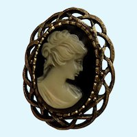 Nice Cream and Black Plastic Cameo Lady on Bronze Colored Setting Brooch Pin