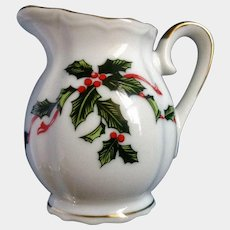Lefton Christmas Boughs of Holly Mini 6 oz Creamer 03027 Made in Japan