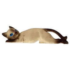 Mid-Century Porcelain Siamese Cat Wall Climber Figurine, Made in Japan