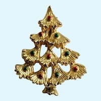 Christmas Tree with Green and Red Ornaments Brooch Pin