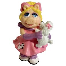 Miss Piggy Poodle Puppy Pink Dress PVC Figurine Jim Henson Muppet Show