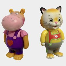 Richard Scarry Busytown Huckle Kitty Cat and Hilda Hippo Articulating Anthropomorphic Animal Figurines HTF