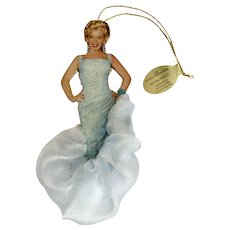 Marilyn Monroe Christmas Tree Ornament Bradford Exchange 2001 'Dazzling Dreamgirl' The Glamorous Miss Porcelain with Bow by Chris Notarile