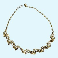 Gorgeous Crystal Rhinestones and Faux Pearls on Gold-Tone Leaves Necklace 17""