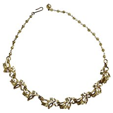 """Gorgeous Crystal Rhinestones and Faux Pearls on Gold-Tone Leaves Necklace 17"""""""