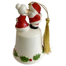 Santa Claus and Mrs Clause Kissing Ceramic Bell Christmas Tree Ornament 1970's Japan