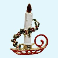 Christmas White Candle Holder Pin