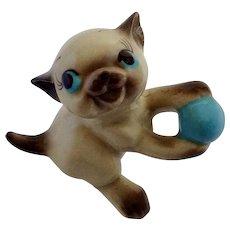 Siamese Kitten Kitty Cat Figurine Vintage Freeman-McFarlin Hagen Renaker Playing with a Blue Ball
