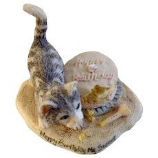 Lowell Davis RFD America Figurine Schmid / Border Fine Arts Cats in Season Happy Birthday My Sweet Cat 27560 Retired 1992 Birthday Cake with Cat