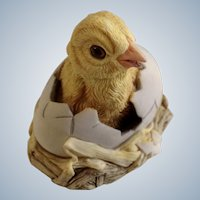 Lowell Davis RFD America Figurine Schmid / Border Fine Arts  92054 New Arrival, Retired Fox Fire Farm Duckling in Egg