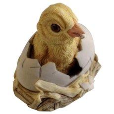Lowell Davis RFD America Figurine Schmid / Border Fine Arts  92054 New Arrival, Retired Fox Fire Farm Duckling in Egg