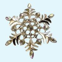 Snowflake Brooch Pin Vintage Christmas Silver-Tone