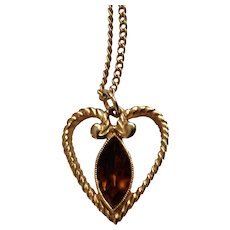 Amber Crystal Stone in Gold-tone Heart Pendant Gold-Tone Chain necklace Avon