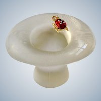 Viking Glass Mushroom Ladybug Bug Charm Paperweight Clear to Frost Figurine 3 inches 1970's