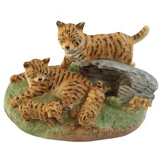 1984 Royal Windsor, Bobcat Southern Forest Families Porcelain Figurine Crafted in Japan Retired