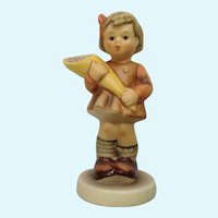 Vintage M. I. Hummel Club Goebel #549 1992 Ein guber Trost A good consolation A Sweet Offering Girl with Candy Figurine TMK-7 Germany