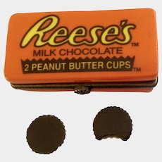 Reese's Peanut Butter Cups Hinged Trinket Box PHB Collection Retrospect Miniature Porcelain Famous Brands Classics by Midwest of Cannon Falls Discontinued