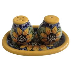 Sunflower Salt and Pepper Shakers Juarez Mexico Lead Free Pottery S&P With Plate