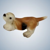 Hagen Renaker Basset Hound Pup Puppy Dog, #953 1978-Retired Dog Figurine