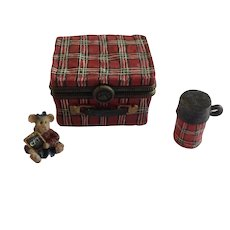 Boyds Bear and Friends Treasure Trinket Box #392128 Kendall's Lunch Box with Scholar McNibble 2003 1st Edition Retired