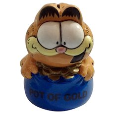 Garfield the Cat Pot of Gold Piggy Bank Ceramic Cartoon Figurine Enesco 1981