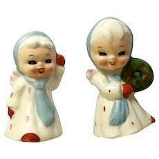 Vintage Christmas Angel Girls Salt and Pepper Shakers One with Wreath Porcelain S&P Figurines Japan