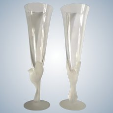 Wings Frosted Bird Fluted Champagne Glasses By Sasaki 1975 - 2005