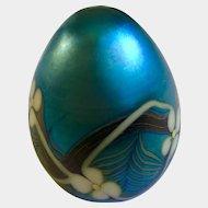 Art Glass Orient and Flume Paperweight 1977 Flowers E-102 Iridescent Satin Blue Art Glass