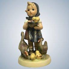 M I Hummel Goebel Feeding Time #199/0 Girl with Chicks #199/0 TMK-4 Porcelain Figurine