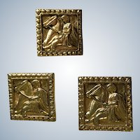 Anson Cufflinks and Tie Clip Square Gold-Tone Grecian Horse and Rider