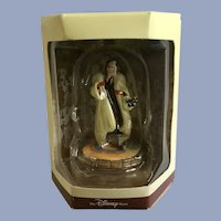 Disney's Tiny Kingdom 101 Dalmatians Cruella De Vil Lady Miniature Figurine NIB
