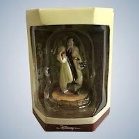 Disney's Tiny Kingdom 101 Dalmatians Cruella De Vil Lady Miniature Figurine Retired New in Box
