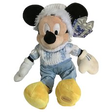 Christmas Mickey Mouse Stuffed Plush Snowflake Disney Store Exclusive