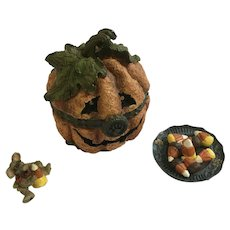 Trinket Box Pumpkin Jack O' Lantern & Candy Corn with McNibble Boyds Bear and Friends Treasure Treasure Boxes - #81012 2000 1st Edition Retired Halloween