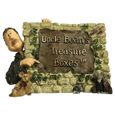 Trinket Box Uncle Bean and the McNibble Gang Sign Treasured Memories Boyds Bear and Friends Treasure Uncle Bean's Treasure Boxes figurine- #3999 2000 1st Edition Retired