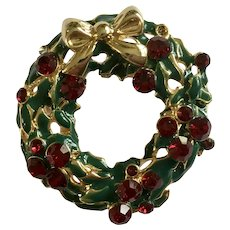 Christmas Wreath Brooch Pin with Ruby Red Rhinestones