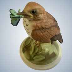 Boehm Bird Baby Wood Thrush Porcelain Figurine with Butterfly # 444F Made in USA