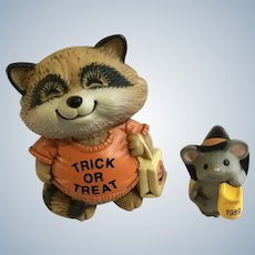 Halloween Raccoon & Mouse Hallmark Merry Miniatures Shirt Tales Figurines