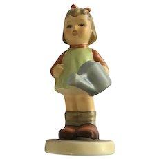 M.I. Hummel Girl Natures Gift Hum #729 TMK7 Club Exclusive Goebel Figurine