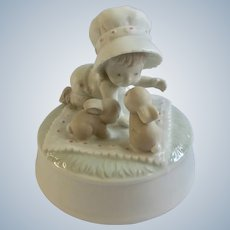 Baby Girl with Bunnies Music Box Porcelain Otagiri Brahms Lullaby Gibson Greetings