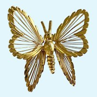 Monet Butterfly Pin Brooch Gold-tone Shiny Wire Filigree Pierced