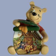 Disney Bradford Exchange Pooh's Birthstone May Birthday Winnie Bear Wall Plaque