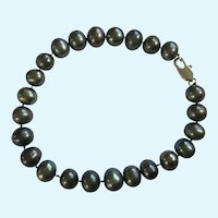 Black Faux Pearl with Rainbow Reflection Bracelet 7-1/2""