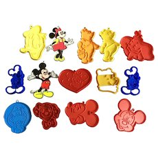 Vintage Walt Disney Productions Cookie Cutters Mickey, Minnie Mouse, Goofy