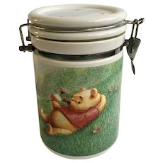 Simply Winnie the Pooh Latching Canister Jar Sealing Cookie Container Disney